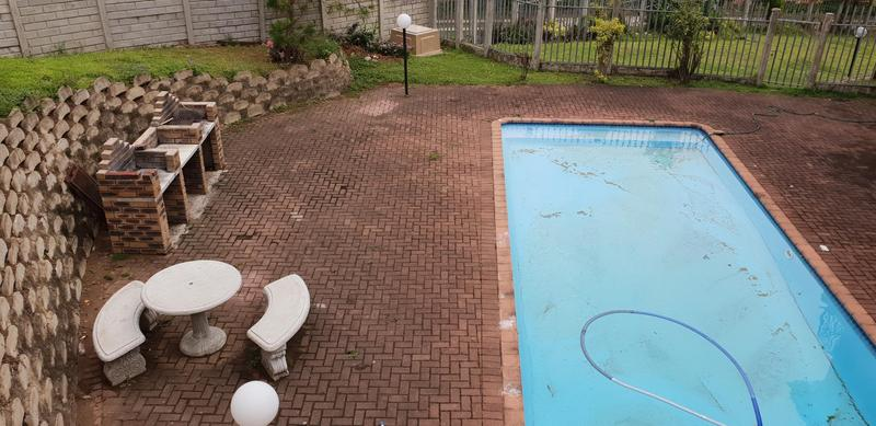 Property For Sale in Margate Beach, Margate 4